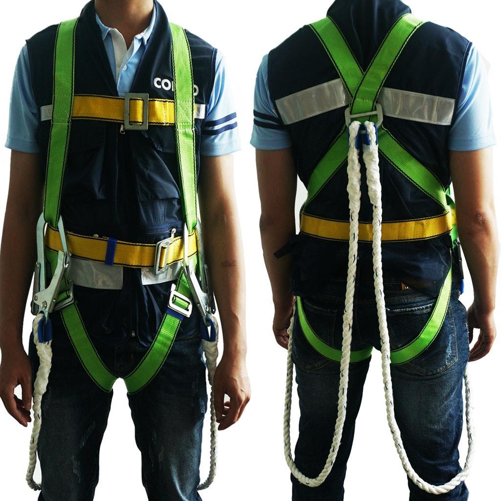 Sử dụng dây đâi an toàn trong công việc