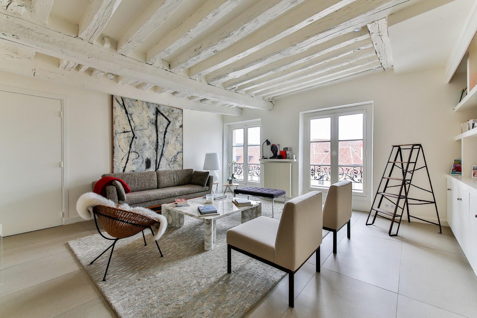 scandinavian-living-room-2132348_1920.jpg