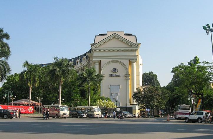 Khách sạn Hilton Hà Nôi Opera được rất nhiều du khách lựa chọn khi tới Hà Nội