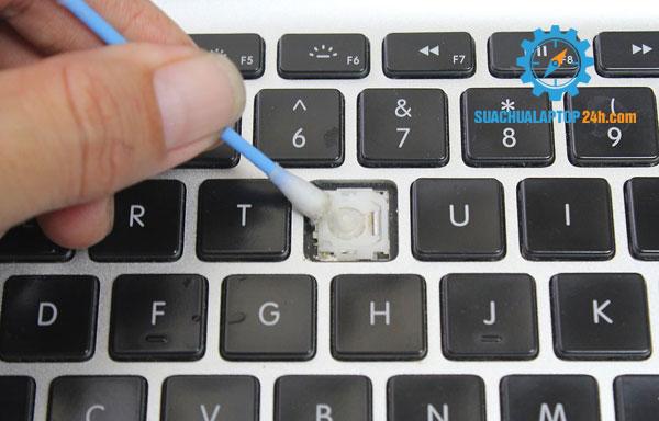 huong-dan-sua-chua-laptop-8