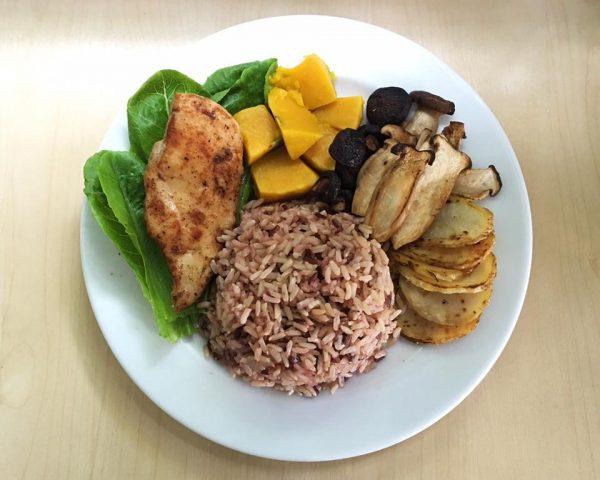 2. ลดน้ำหนักด้วยการเน้นโปรตีนในมื้อกลางวัน