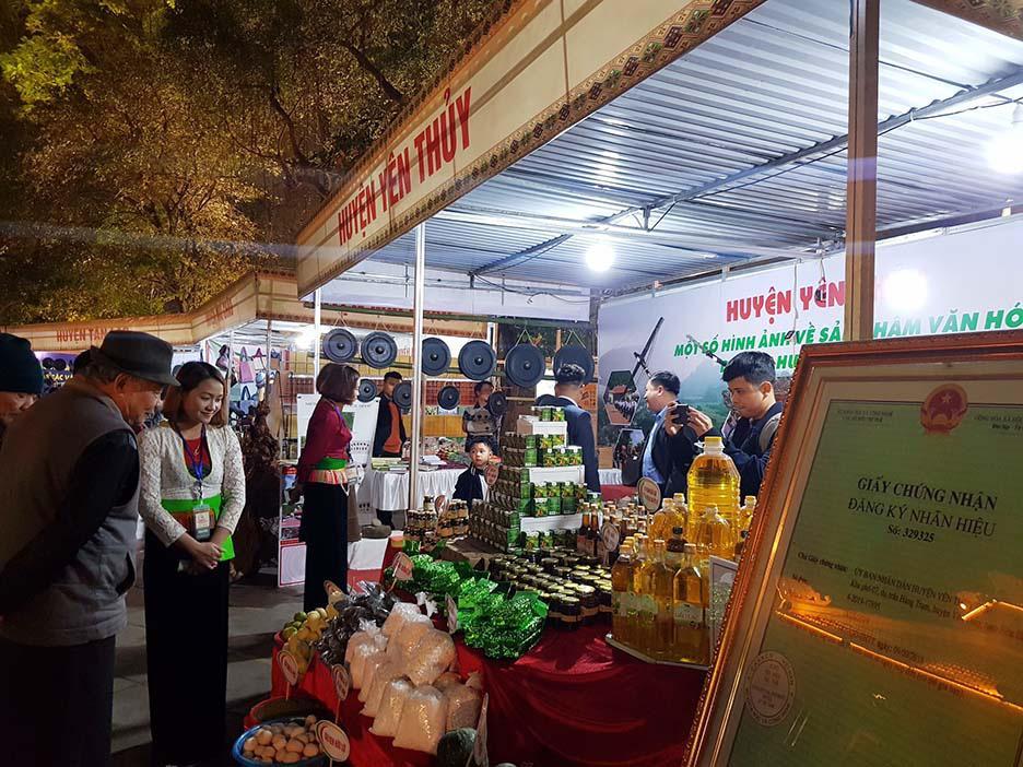Sắc Màu Văn Hóa, Du Lịch Hòa Bình tại Hà Nội