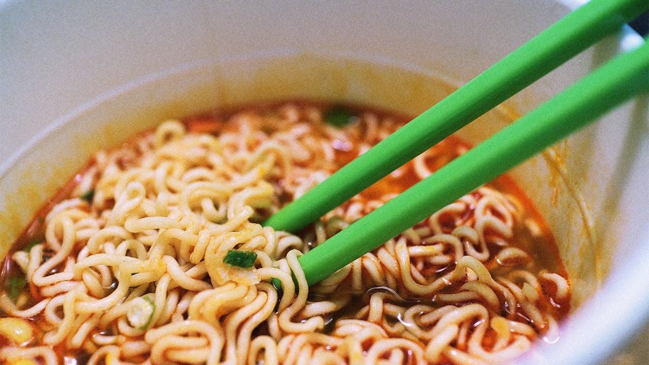 the book of ramen lowcost gourmet meals using instant ramen noodles