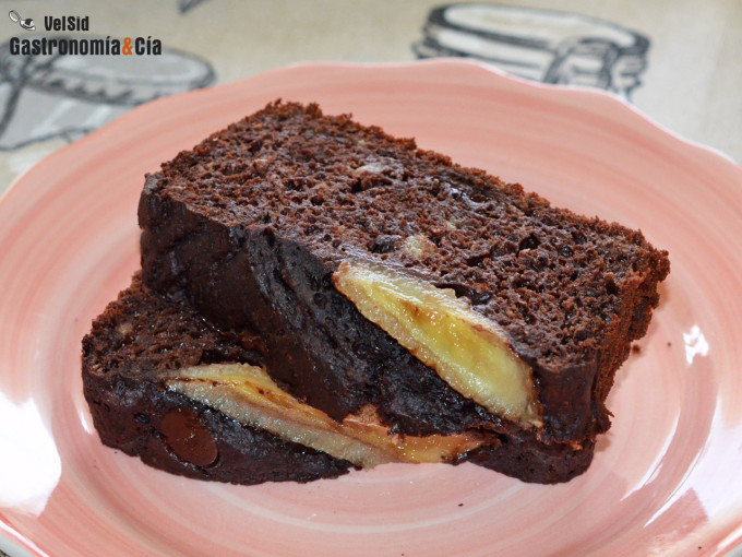 Pan de plátano con chocolate