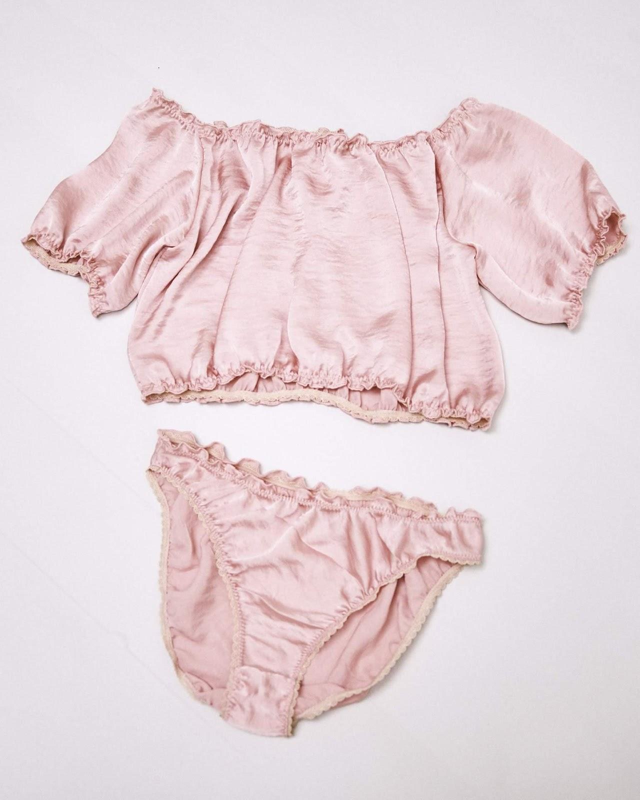 Bae - Silk lingerie set