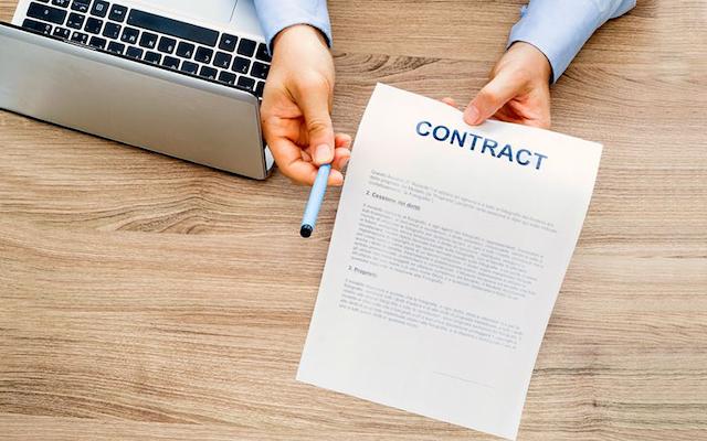 Các doanh nghiệp nên xem xét các điều khoản bên trong hợp đồng cho thuê máy photocopy