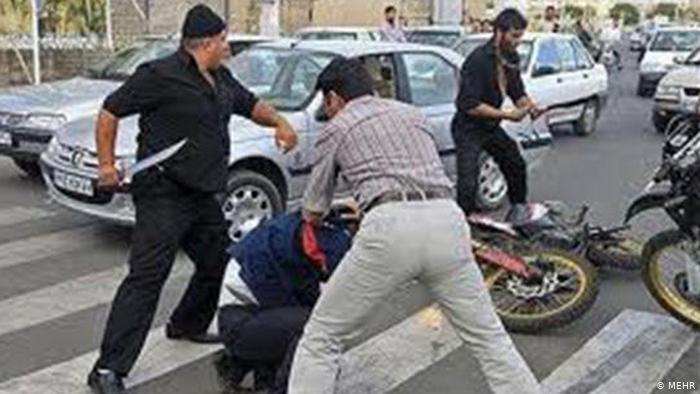ظرف ۴ ماه ۴۲ نفر در تهران با سلاح سرد به قتل رسیدند   جامعه   DW    26.08.2014