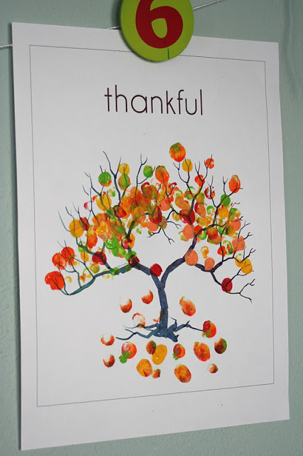 Fingerprint Tree: These 25 Thanksgiving Crafts for Kids will get everyone into the thanksgiving spirit.
