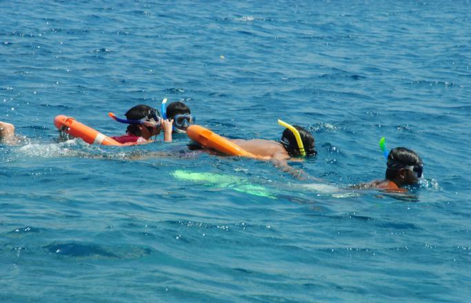 4) Snorkelling.jpg