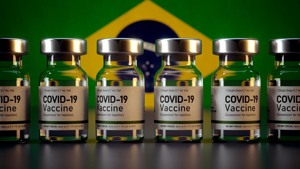 A preferência por imunizantes pode desacelerar campanhas de vacinação no Brasil. (Fonte: Mirza Kadic/Shutterstock)