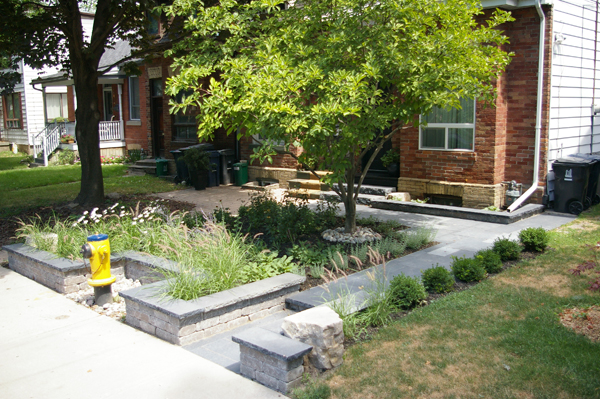 3 small front yard landscaping tips toronto landscapers for Garden design ideas toronto