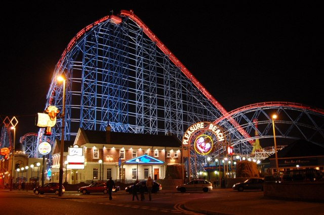 The_Big_One,_Blackpool_pleasure_beach_-_geograph.org.uk_-_383991.jpg