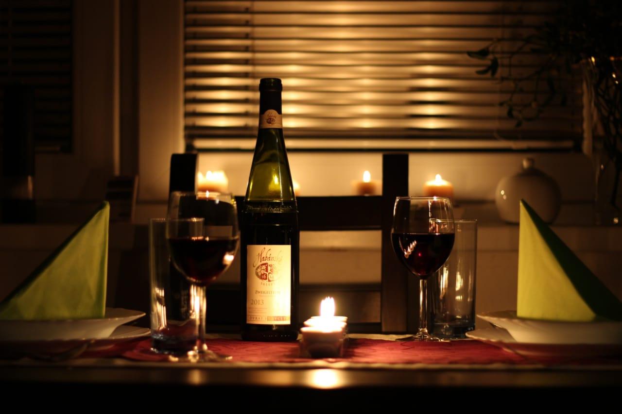 Vinho é um ótimo aliado da propaganda para o dia dos namorados
