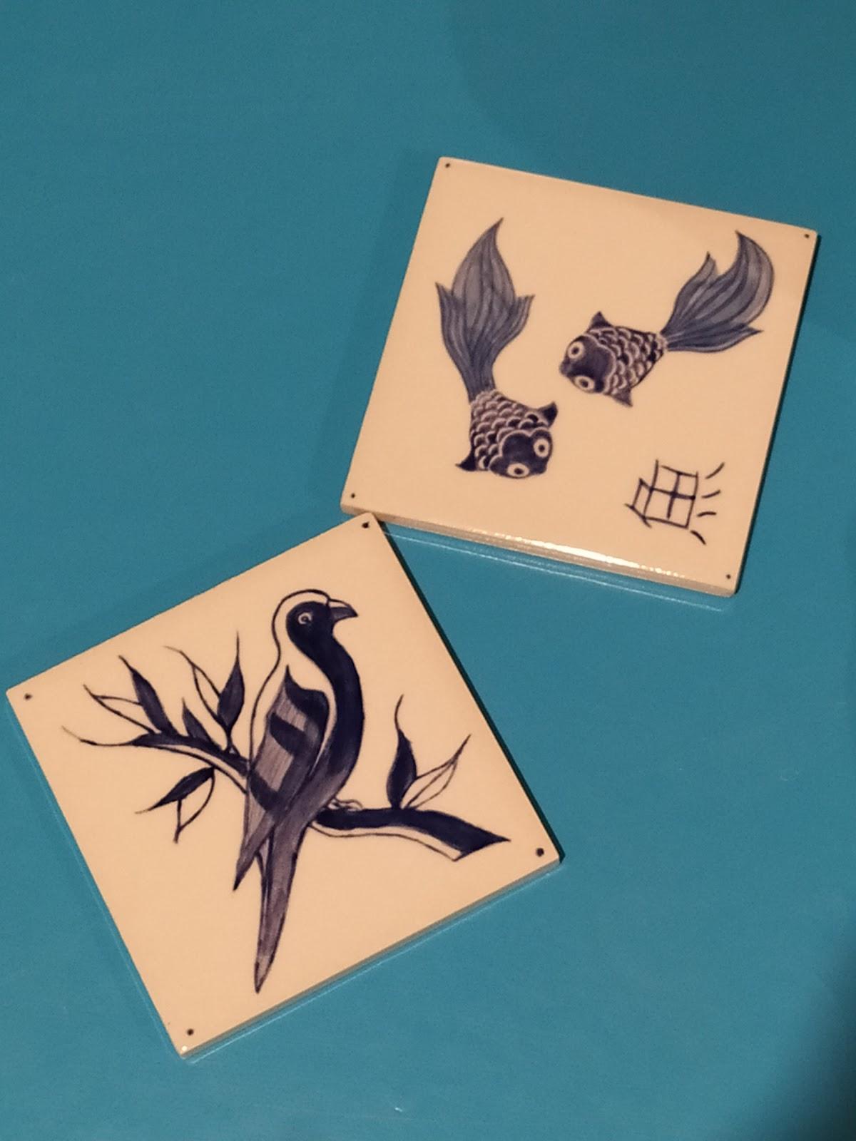 Peinture sur faïence réalisée avec du papier carbone à Cwtch Atelier Céramique