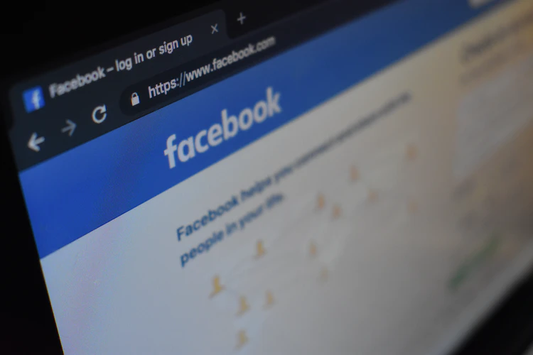 Changing your Facebook ad Campaign can help you improve your ad success.