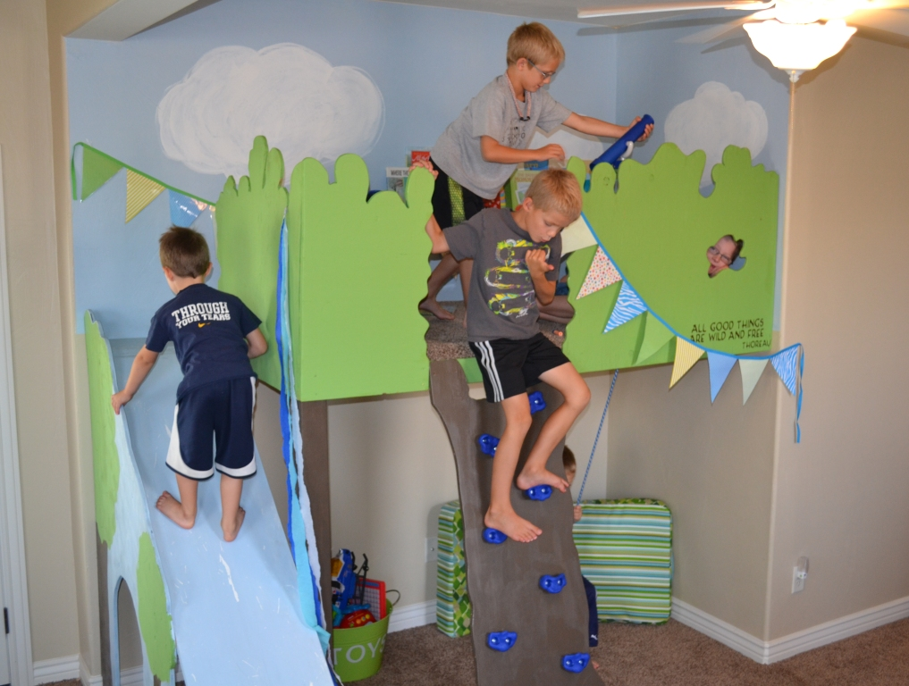 5 Amazing DIY Climbing Spaces for Kids