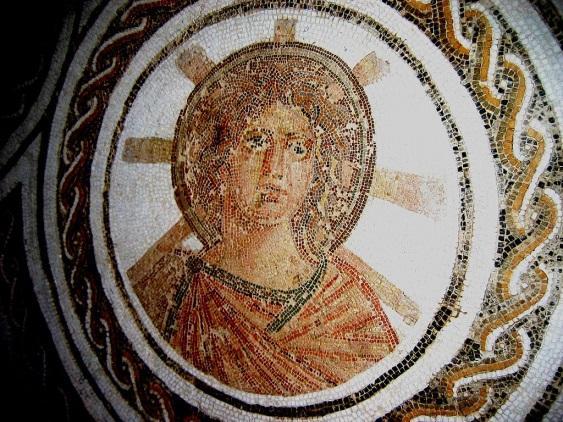 https://upload.wikimedia.org/wikipedia/commons/thumb/2/21/Apollo1.JPG/1024px-Apollo1.JPG