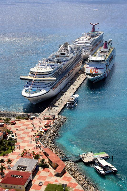 St. Maarten cruise port . arrived here in Jan 2014. it was awesome ...