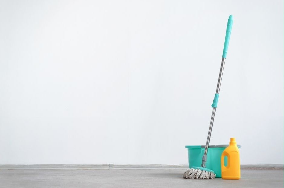 general cleaning vs specialised cleaning - cleaning supplies