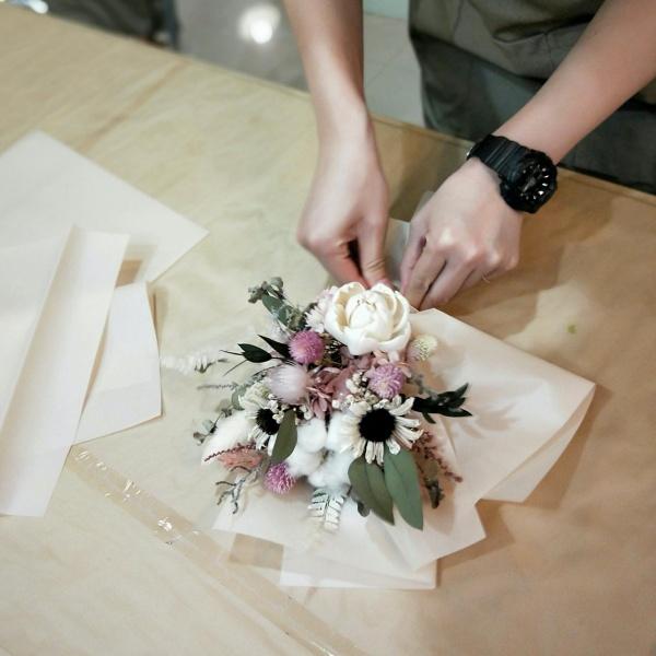 台北-花藝教室-花曜日永生花乾燥花花束