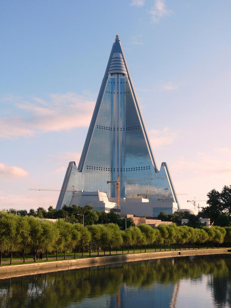 As maiores construções do mundo: hotel ryugyong