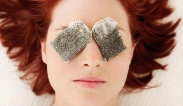 Đắp túi lọc trà cũng là một phương pháp trị quầng thâm hiệu quả tại nhà  Đây cũng là một trong những phương pháp trị quầng thâm tại nhà đơn