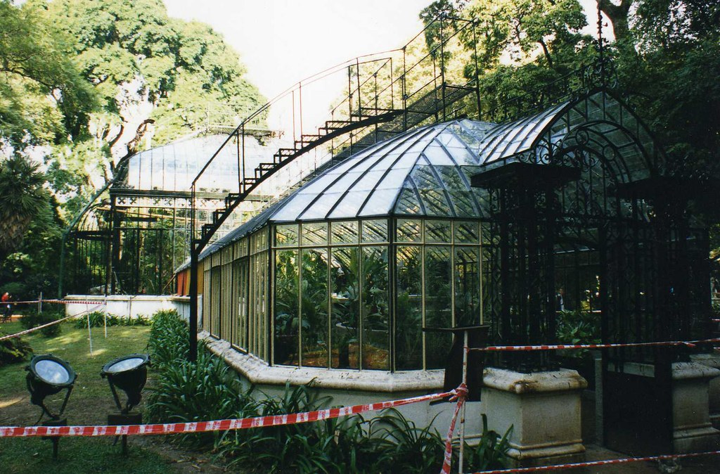 The Best Material to Build a Backyard Greenhouse