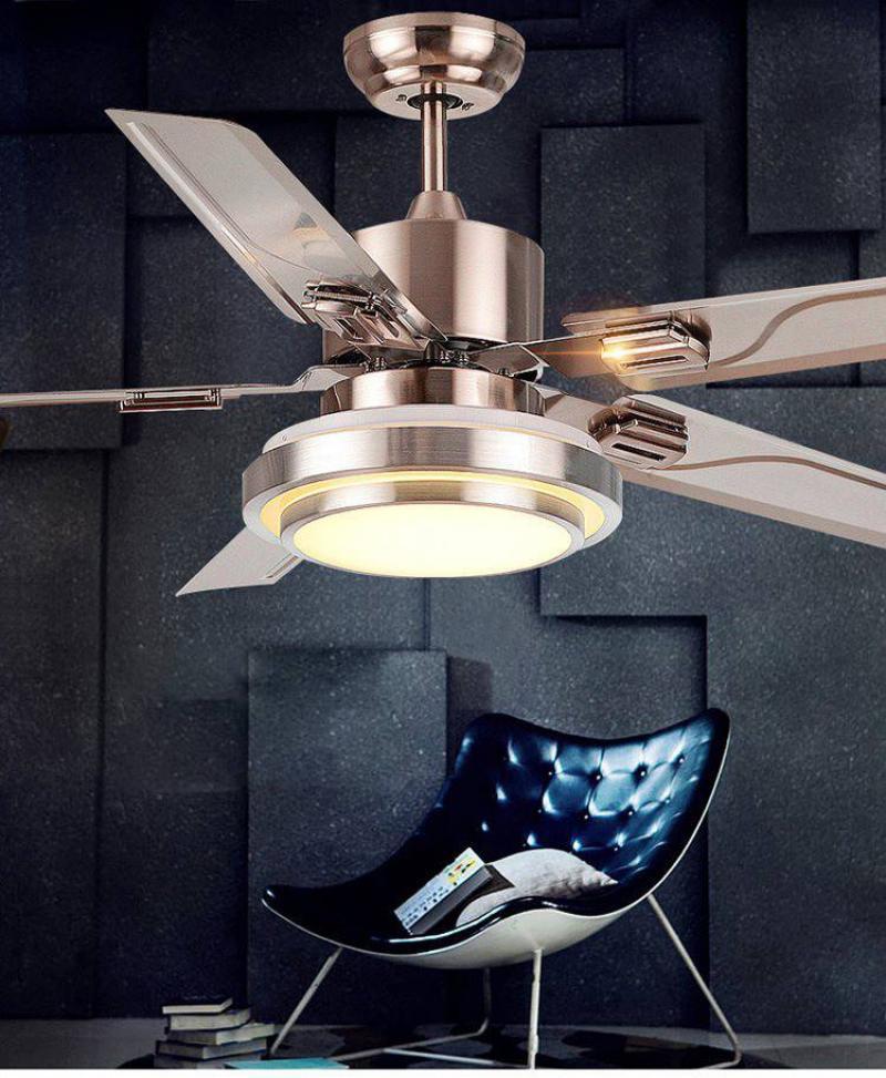 Các bạn nên chú ý tới tính thẩm mỹ cũng như sự an toàn khi lắp đặt quạt trần đèn đài loan