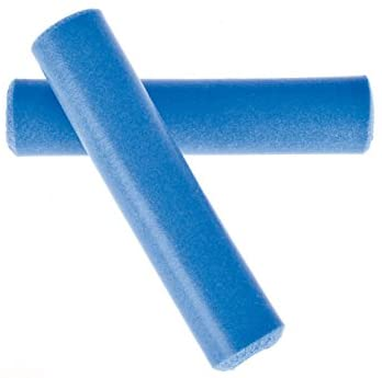 The moisture-wicking material of tacky mountain bike grips provide better grip for sweaty hands.