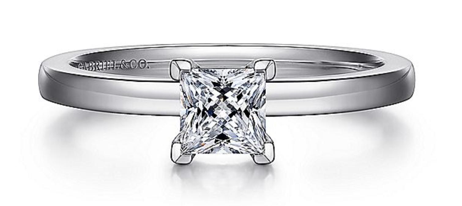 gold princess cut diamond