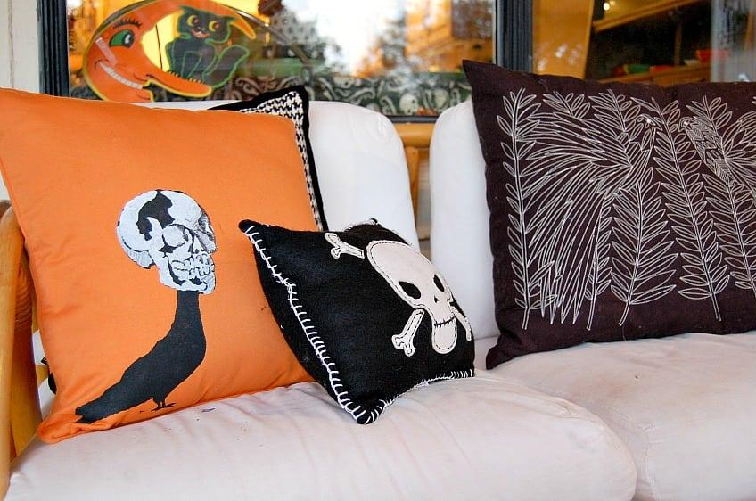 Make Your Own Spooky Stenciled Halloween Throw Pillows