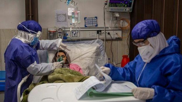 روز جهانی پرستار- شجاعت پرستاران ایران در مقابله با کرونا