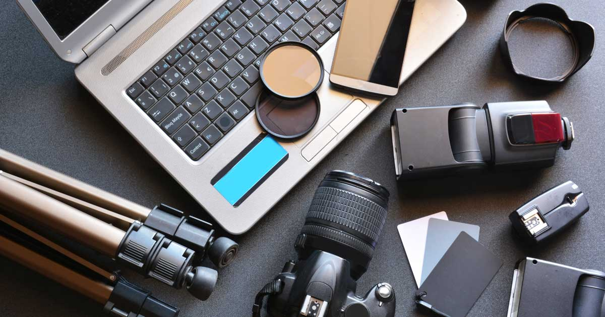 learn photography with Multimedia Arts Course