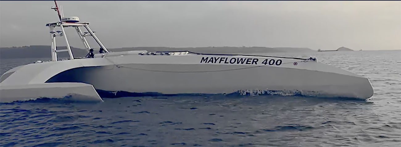 Imagem do navio autônomo navegando