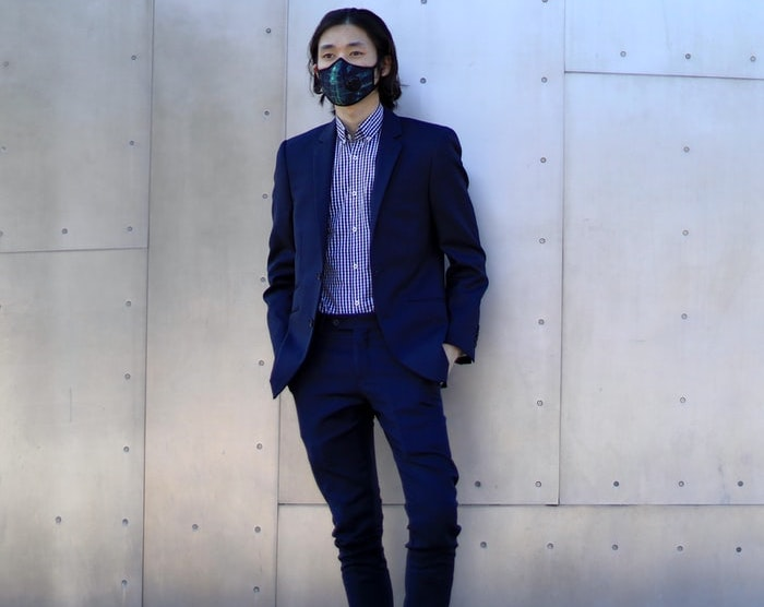 suit without a tie