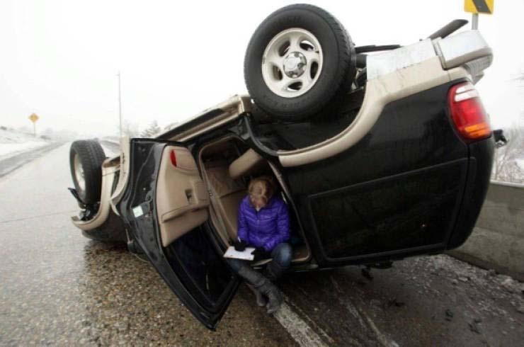 Фотографии автомобилей, которым не повезло на дороге: фотоподборка
