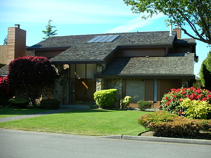 413px-Contemporary_home_in_Richmond,_BC.JPG