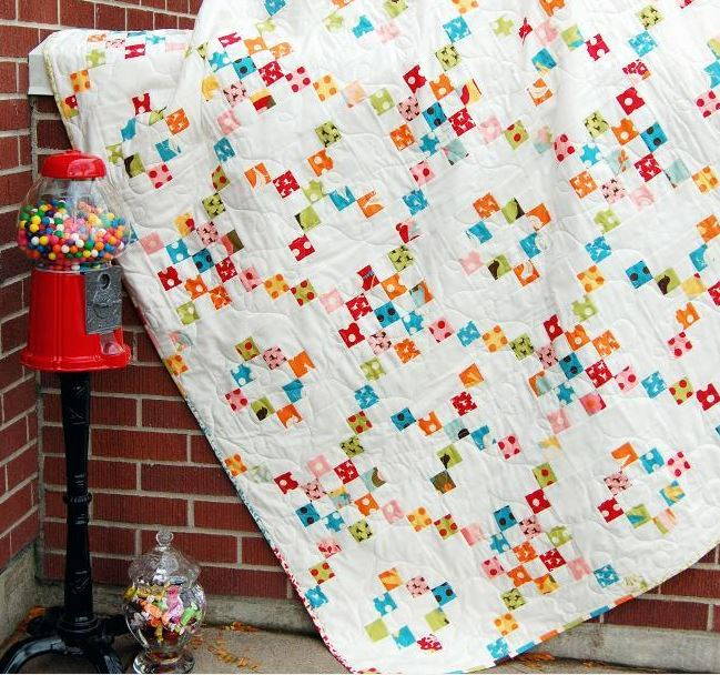 """Candy Shoppe"" Irish Chain Quilt: Craftsy Member Pattern"