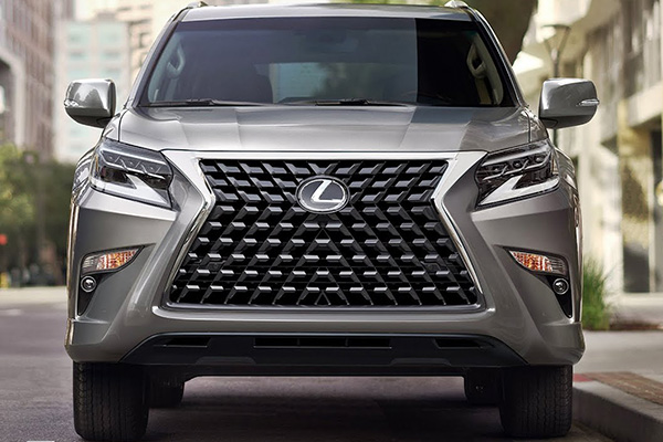 Front-of-the-Lexus-GX-2020