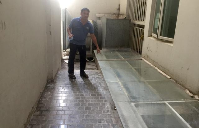Tiến sĩ Bùi Quang Tín 'tự ngã từ tầng 14', quyết định không khởi tố - Ảnh 2
