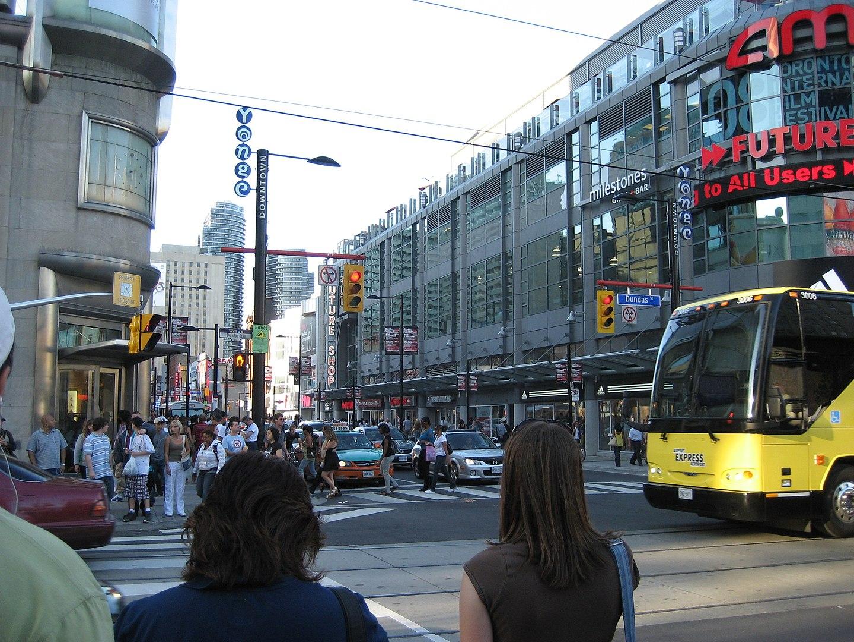 Rua e praça com nome de Henry Dundas foram centro de polêmica em Toronto, maior cidade do Canadá. (Fonte: Wikimedia Commons)