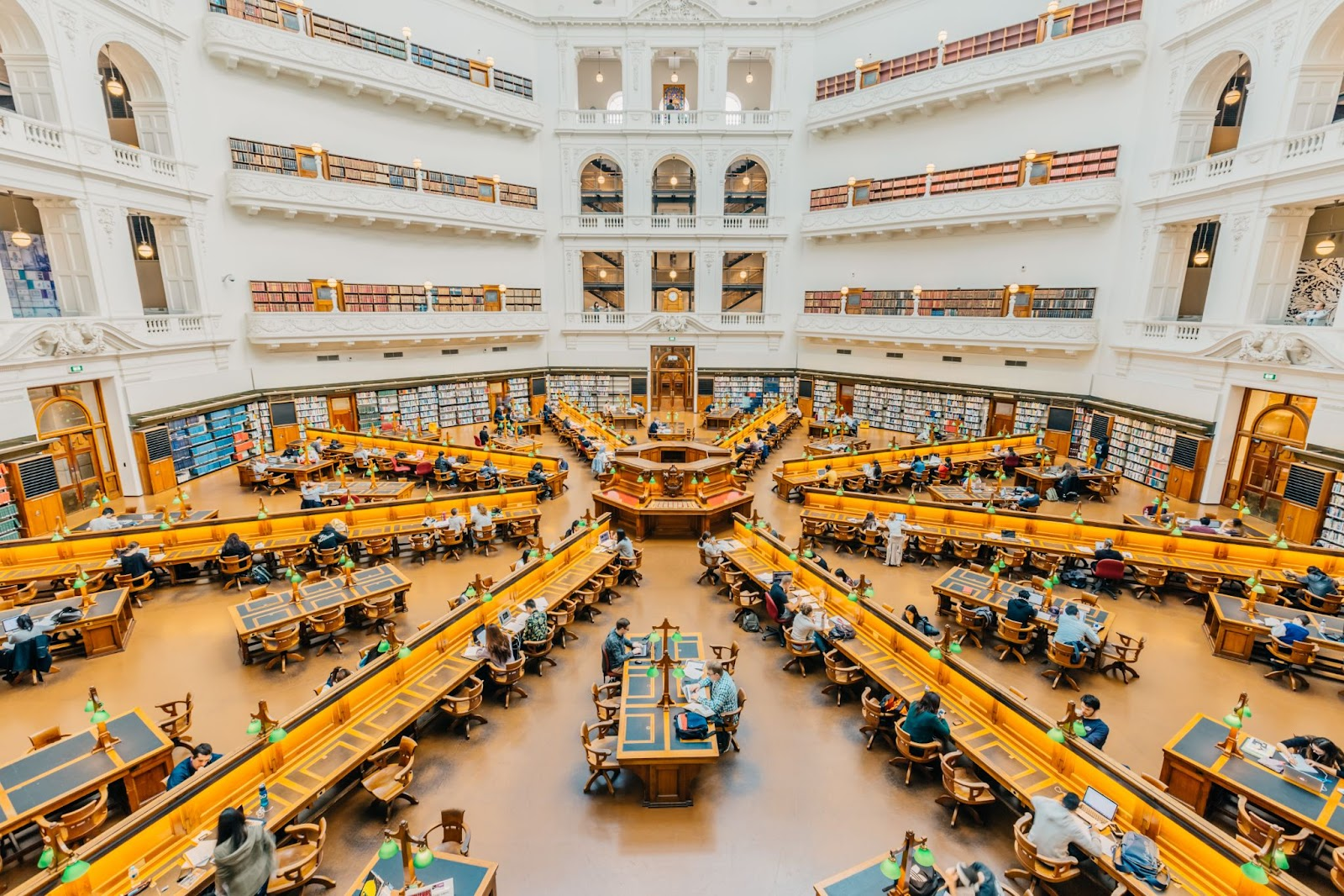 100 things to do in melbourne with kids state library melbourne cbd