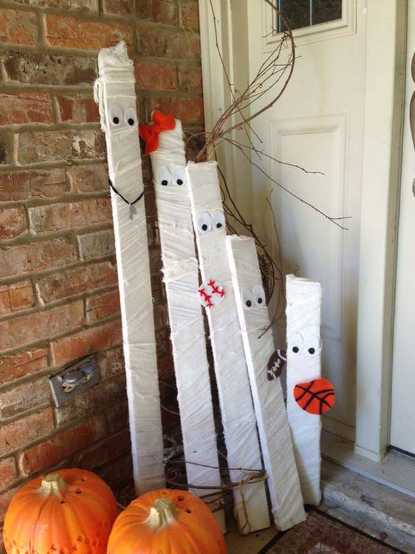 Recycle Old Pallet Wood Into Mummies