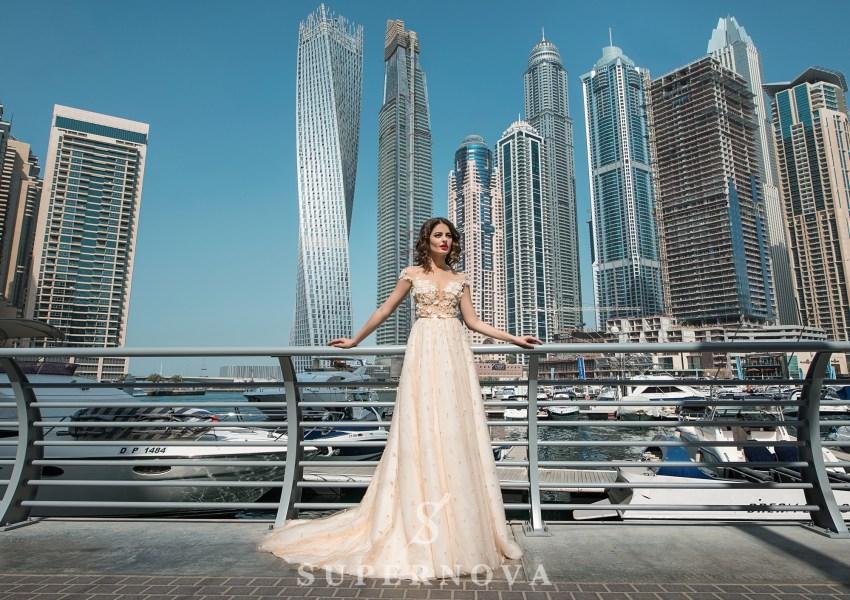 Свадебное платье айвори со шлейфом