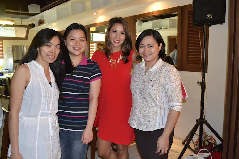 Ms. Christine Jacon-Sandejas with Fellow Mommy Bloggers