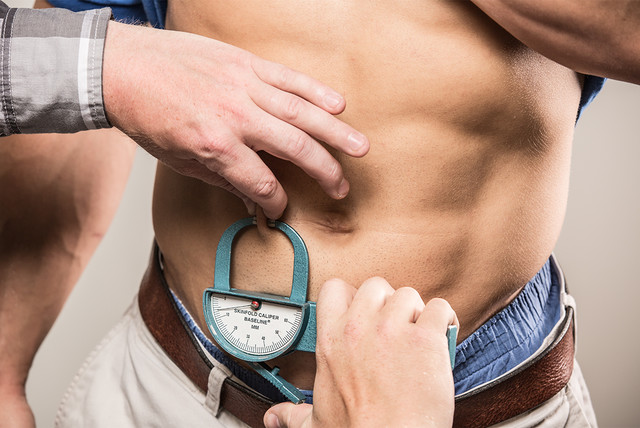 how-to-measure-your-body-fat-v2-3-640xh.jpg