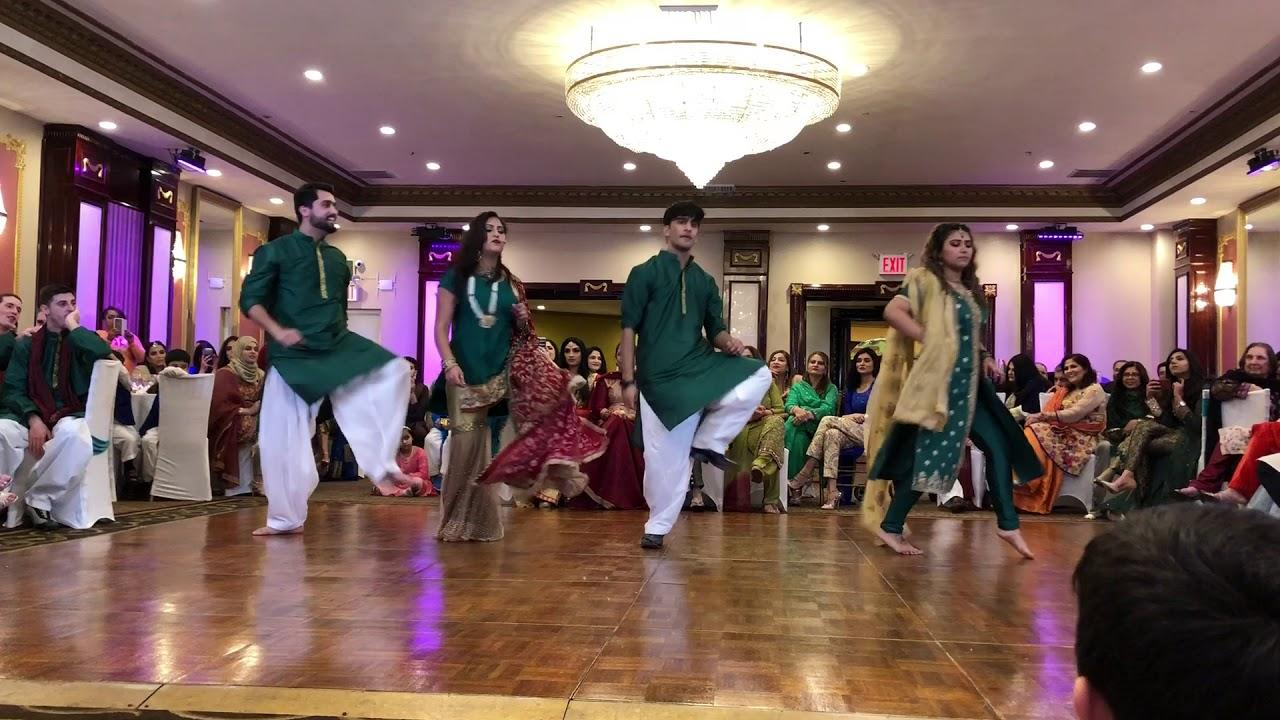 pakistani bhangra dance
