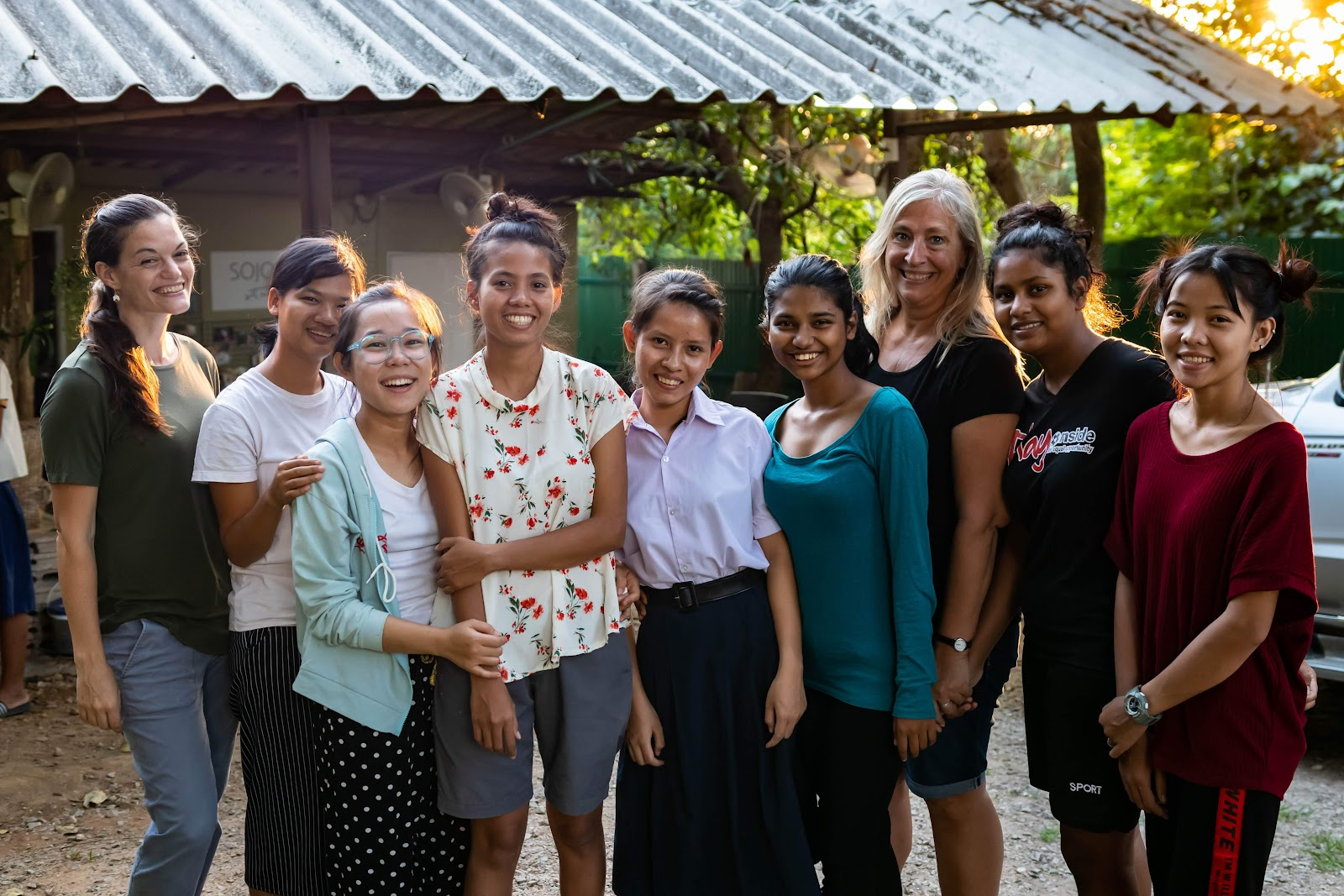 Sojourn Studio Teen Apprentices 2019: A social enterprise creating ceramic jewelry, located along the Thai/Myanmar border