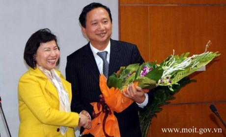 Thu truong Cong Thuong Ho Thi Kim Thoa bi xem xet ky luat - Anh 1