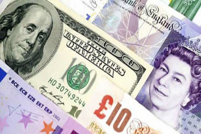 """Record Shutdown in the US and Theresa May's """"Plan B"""". What awaits USD and GBP?"""